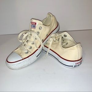 Converse all start cream colored low tops 7